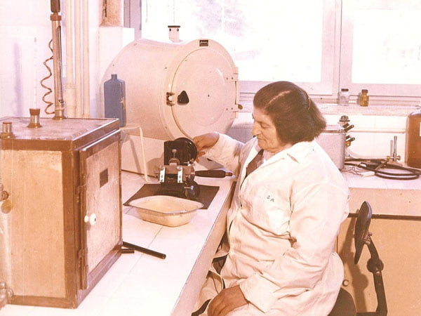 Sabire Aydemir, Bakteriyoloji Uzmanı